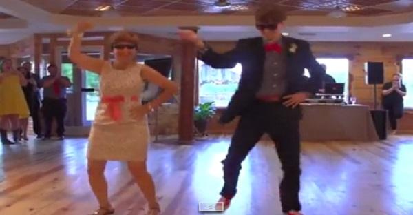 Un nouveau marié et sa mère font une première danse bien spéciale. À VOIR ABSOLUMENT!