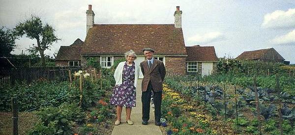 Un couple amoureux se prend en photo attendez de voir la dernière. ÉMOUVANT!