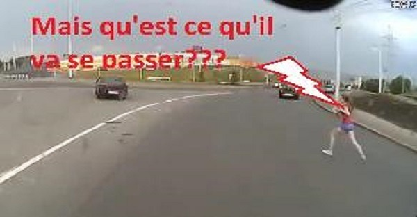 femme accident de voiture vidéo russie