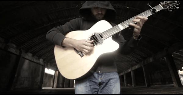 guitariste qui joue ac/dc à la guitare