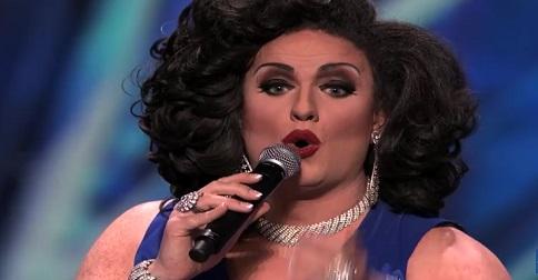 elle chante l'opéra