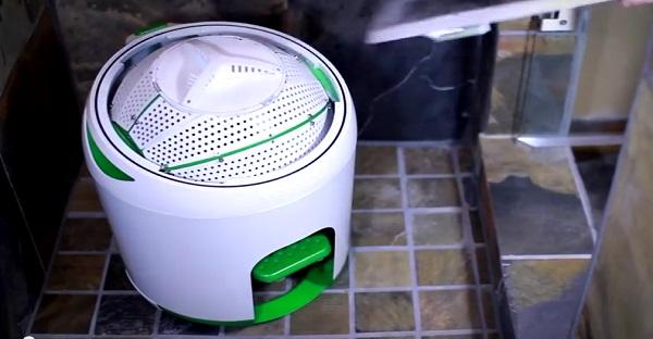 Hé oui ceci est une machine à laver. VENEZ LA VOIR!