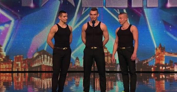 Ces 3 Hongrois en mettent plein la vue. Une performance ÉBLOUISSANTE, À VOIR!